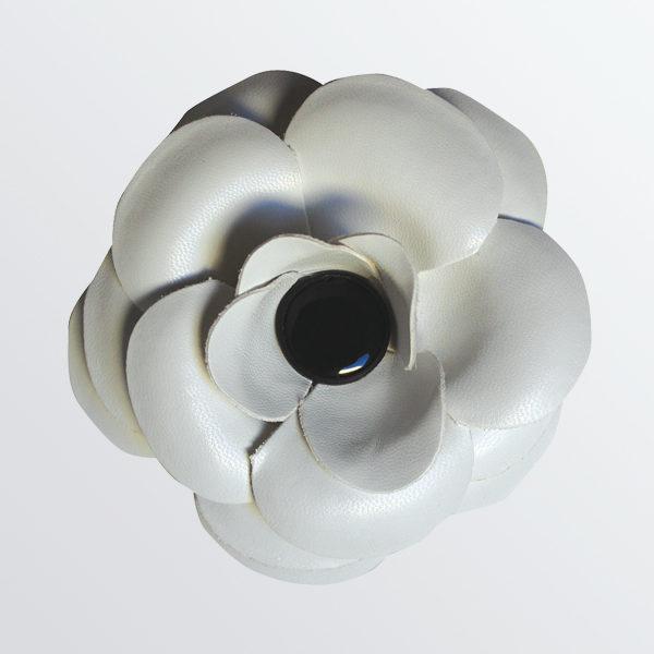Désodorisant fleur voiture cuir blanc